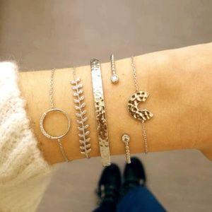 'Adorn' Gold Bangle Bracelet Set (5 pc.)